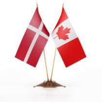 カナダとデンマークの領土問題を見習え