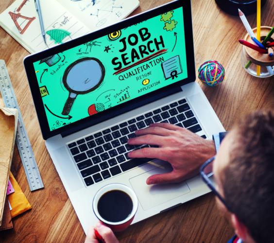 転職サイトの多くは、一般には公開されていない求人を多く抱えています