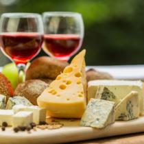 黙ってチーズを味わうのが似合う年頃