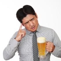 あなたはアルコール依存症じゃありませんか?