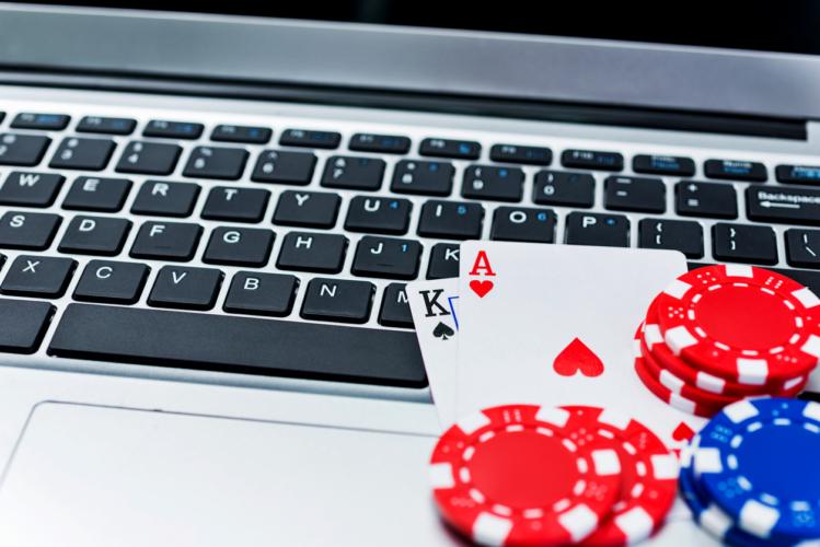 iStock 847734268 e1512537269304 - オンラインカジノは違法なの?
