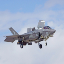 F-35 Lightning Stealth Jet Landing at 2015 Yuma Air Show