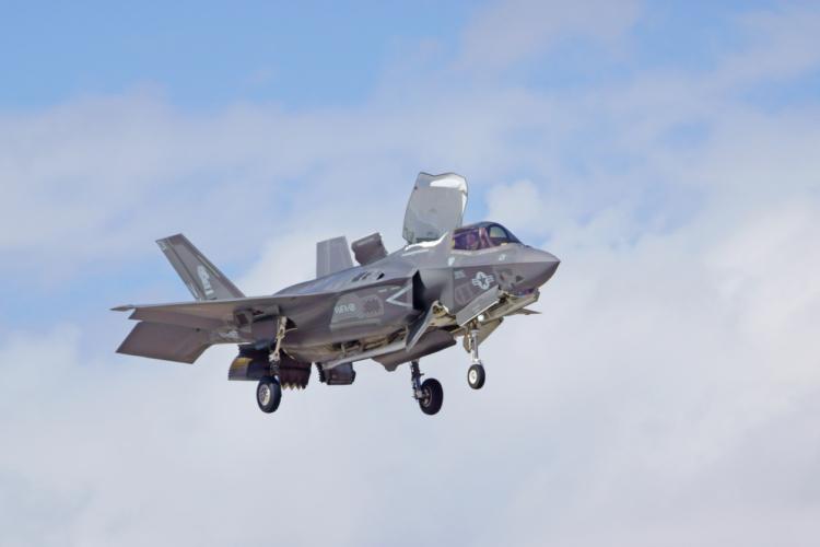 ミリヲタ歓喜、F35Bが導入されるかも!!