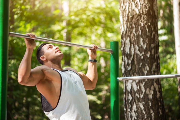 背筋強化で腰痛予防も