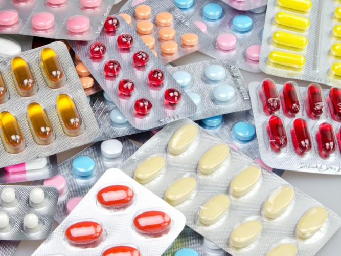 医薬品の使用期限は3年