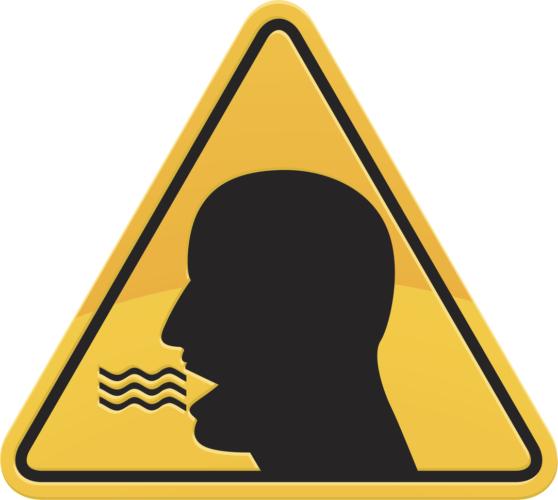 男性に特徴的な口臭の原因