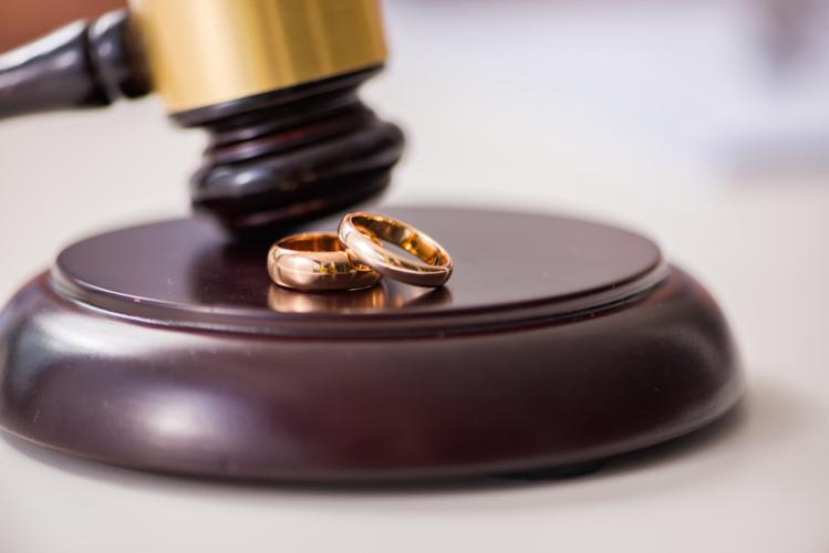 離婚に際しては総額なので気を付けましょう。