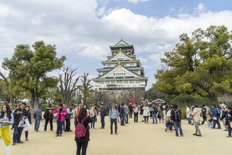 観光地として有名な大阪城。