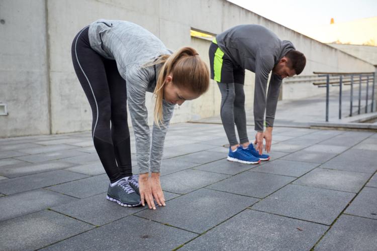 筋肉痛を未然に防ぐために効果的な方法は「クールダウン」です