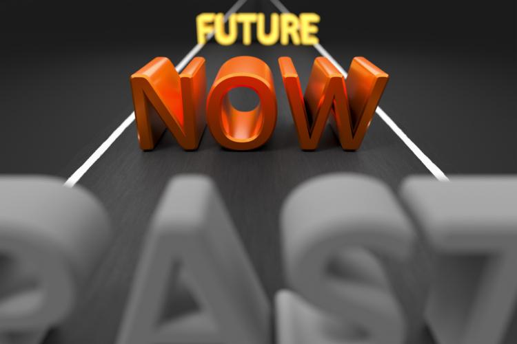過去から現在と来て自信を復活させれば将来を見据えるのも楽しくなります。