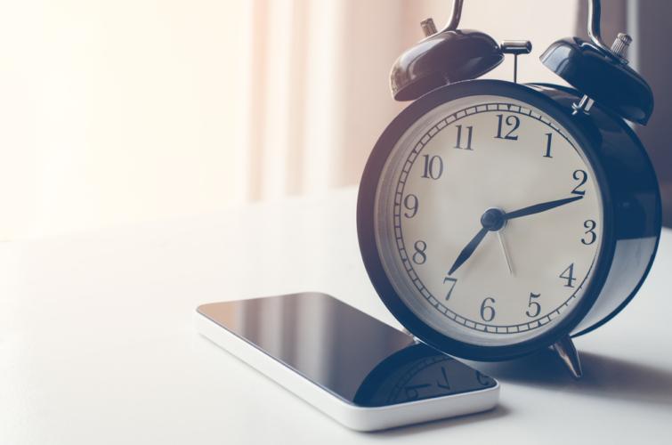 最高の目覚めを演出する目覚まし時計
