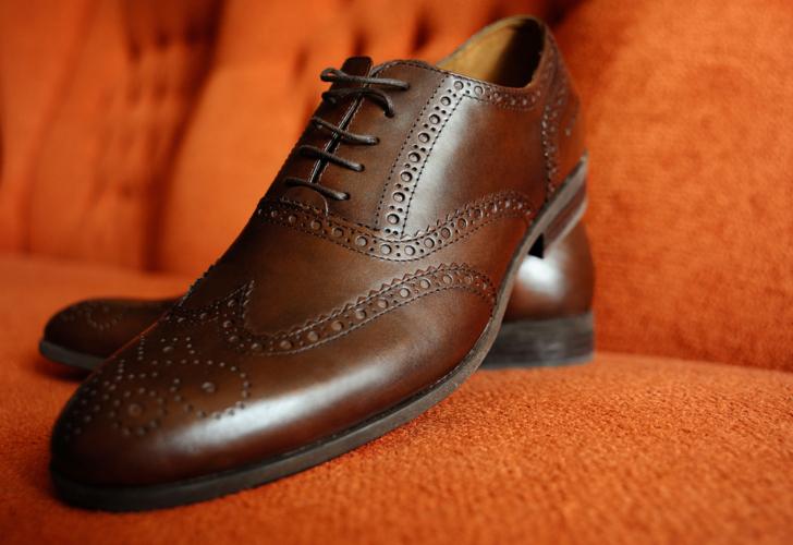 カジュアルな革靴がマスト