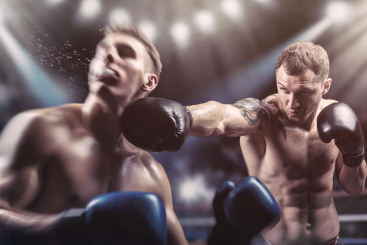 どちらが強いかを決めるというシンプルなテーマをもったボクシングに於いて、専門的な採点方法とはなんなのか。