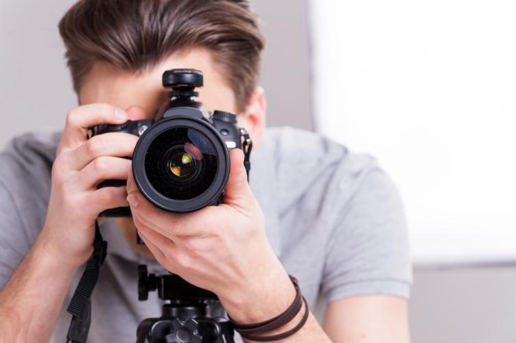 特に鏡で確認しにくい背中や肩の筋肉の動きは動画撮影をして自分で確認することでフォームの修正が急激に進みます。