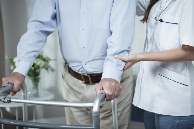 介護保険は、介護が必要な状態になったときに低い負担額でサービスを受けられる制度です。