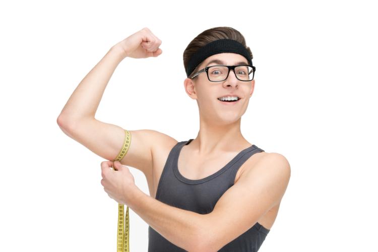 一番始めに実践して頂きたいのは、「扱う重量を下げる」という事です。