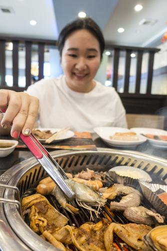 食べ放題で食べる前にしておくべきこととは?