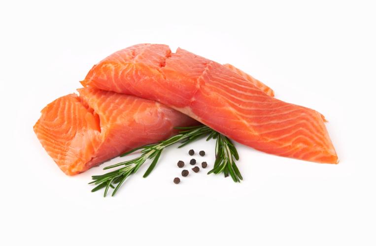 白身魚は脂肪分が少なく高たんぱく、コラーゲンも豊富に含まれています。