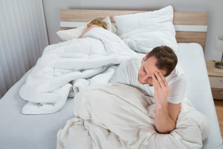 朝目覚めると体がこっているという経験はありませんか?