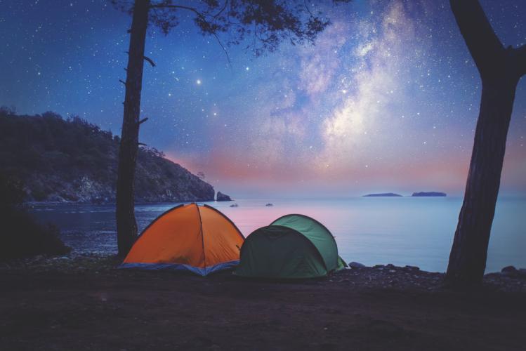 キャンプを楽しむ上でテントは必需品