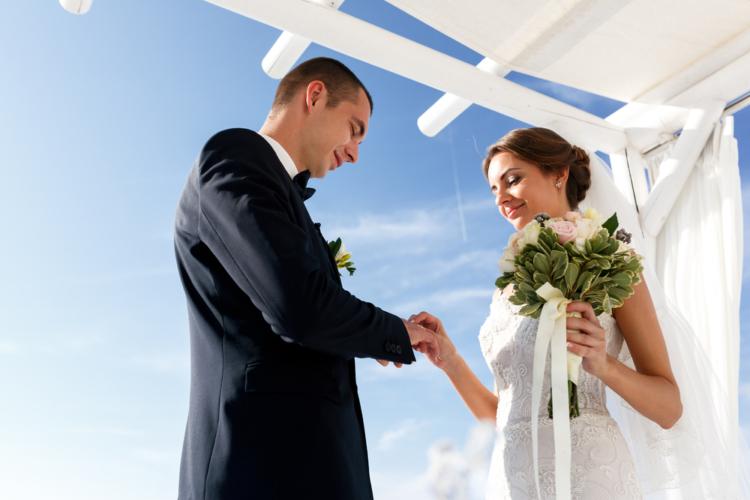 生涯に置いて一度も結婚しない男性が増えています。