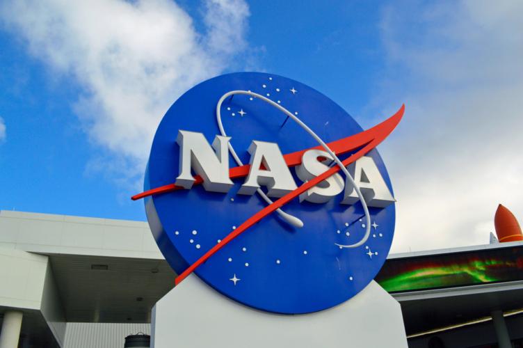 近い将来、火星における画期的な発見がNASAあたりから発表されるような予感がします