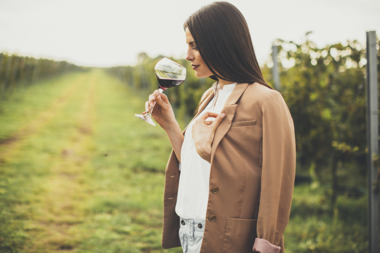 ワインを美味しく飲む温度とは