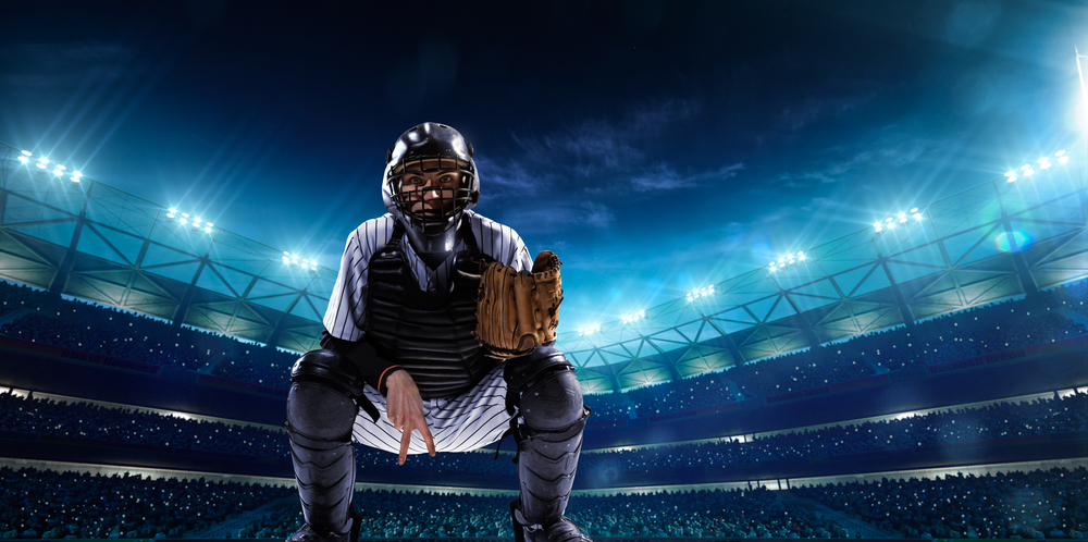 投手が投球動作に入るごとに正面に向けられる捕手用のグローブ