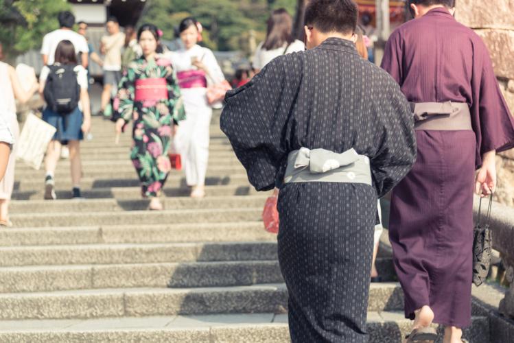 麻は日本人にとって馴染みのある素材
