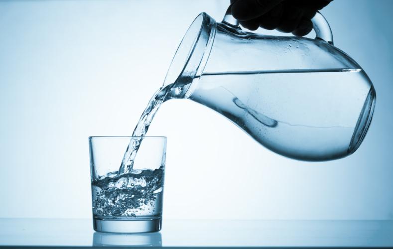 血中の水分が減ると血液がドロドロになってしまいます。