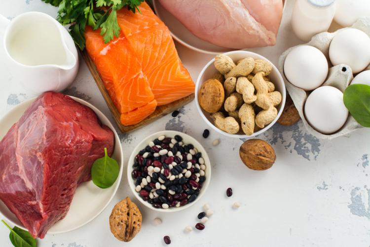 筋トレ始めると食生活が変わる