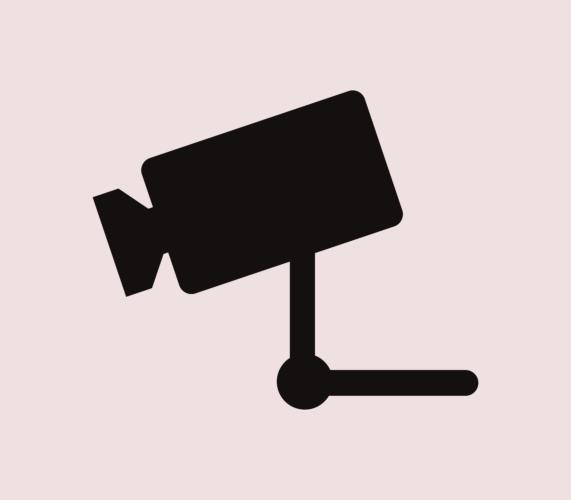 風俗店の受付や待合室といった場所にはカメラが設置されています
