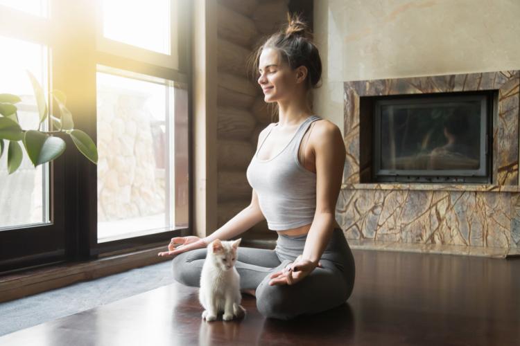 毎日1分間だけ瞑想してみると精神と体がとても楽になるかもしれません