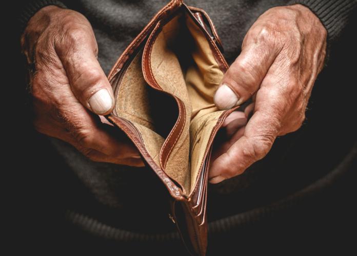 経済的困窮