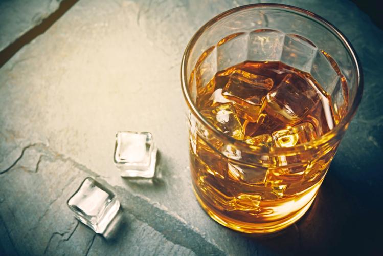 アルコールを飲んでも体脂肪は増えない?