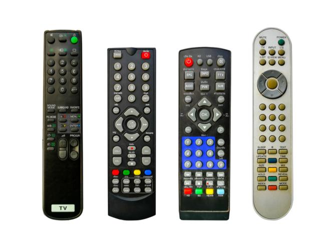 テレビの純正リモコン
