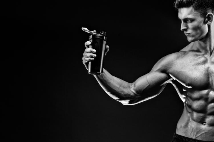 クレアチンとβアラニンは毎日適切な量を飲み続けることによって少しずつ筋肉内に貯蔵され、一定量を越えた時に初めて体感的な効果が得られる
