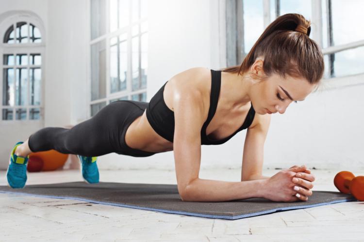 腰痛も近寄らない腰回りの筋トレ