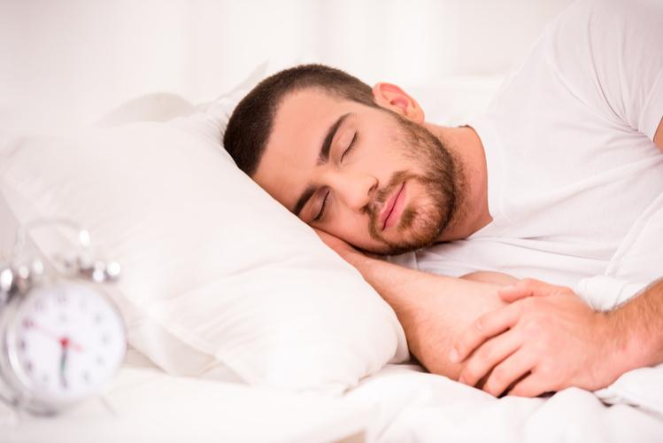 鉄則4:筋肉は睡眠中にデカくなる