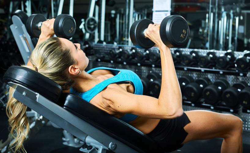 大胸筋上部を鍛える具体的プログラム