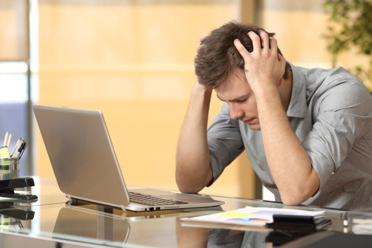 アダルトサイトに誤って登録をしてしまった時には、どうすればいいのでしょうか