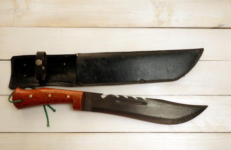 シースナイフの特徴
