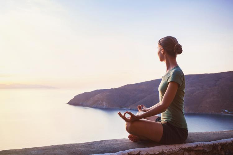 精神を穏やかにする呼吸法