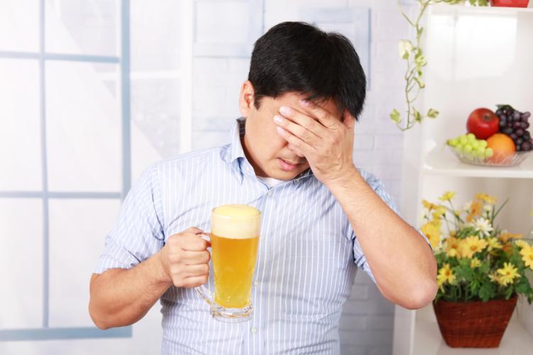 アルコールを取り巻く様々な問題