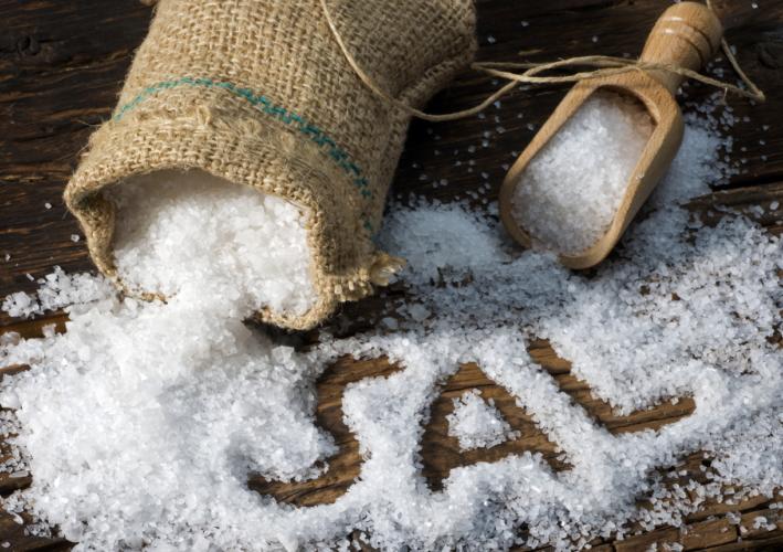 健康に害の大きい塩分過剰摂取の原因は?