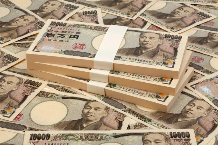 全体で7億円減ですから、これは事件です!