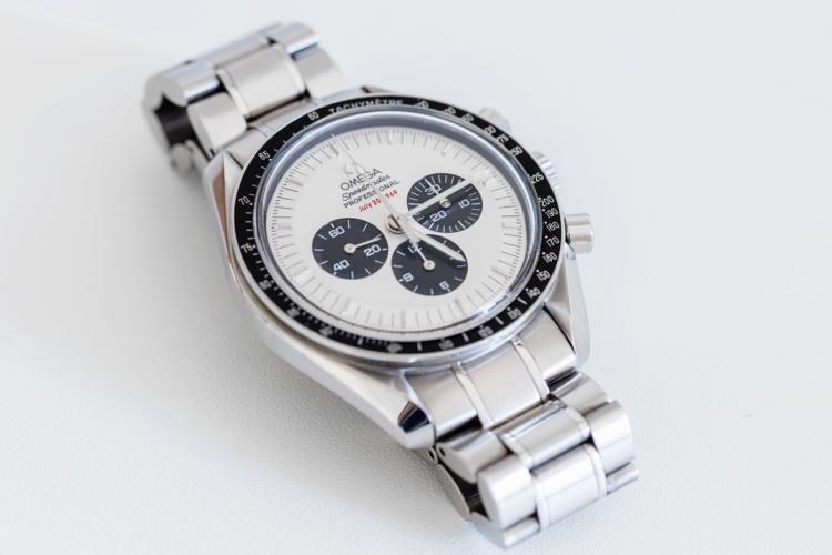 往年のデザインに回帰する時計デザイン