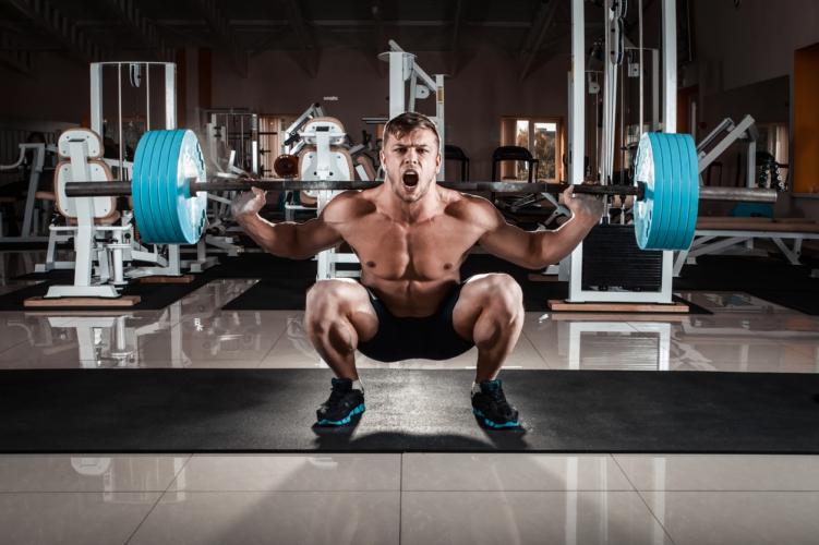大腿四頭筋を中心に鍛える方法