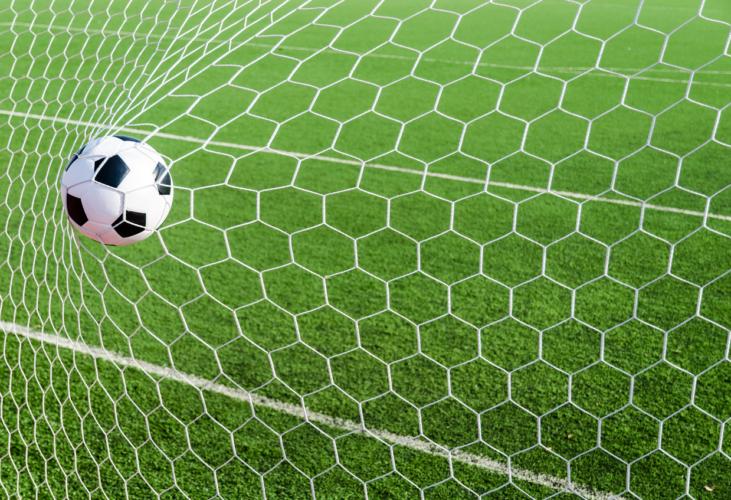 白のサッカーボール