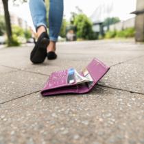 財布は人生のリスクでもある